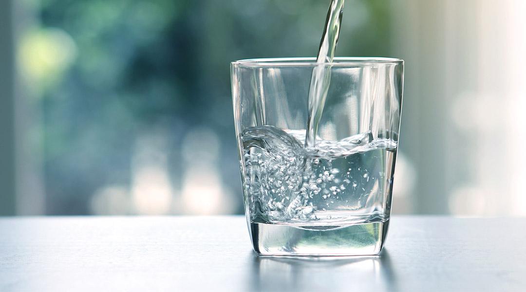 Frisches Wasser aus der Zapfanlage