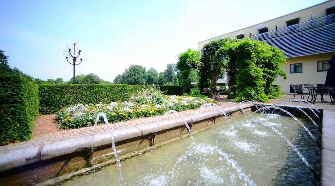 Springbrunnen vor der Park Klinik